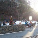 クリスマスイブの「ケラ池スケートリンク」